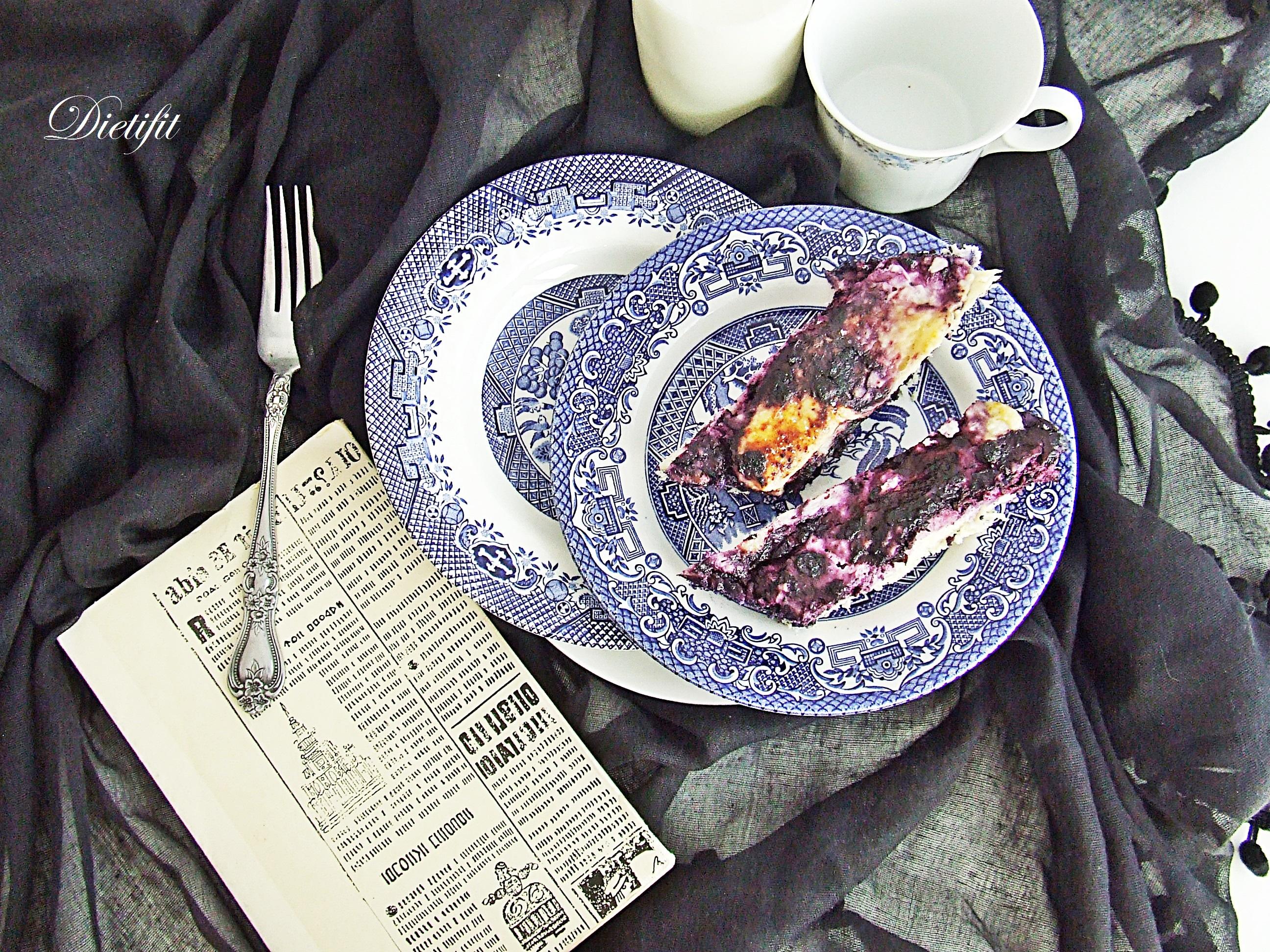 Drożdżówka z serem i jagodami 2
