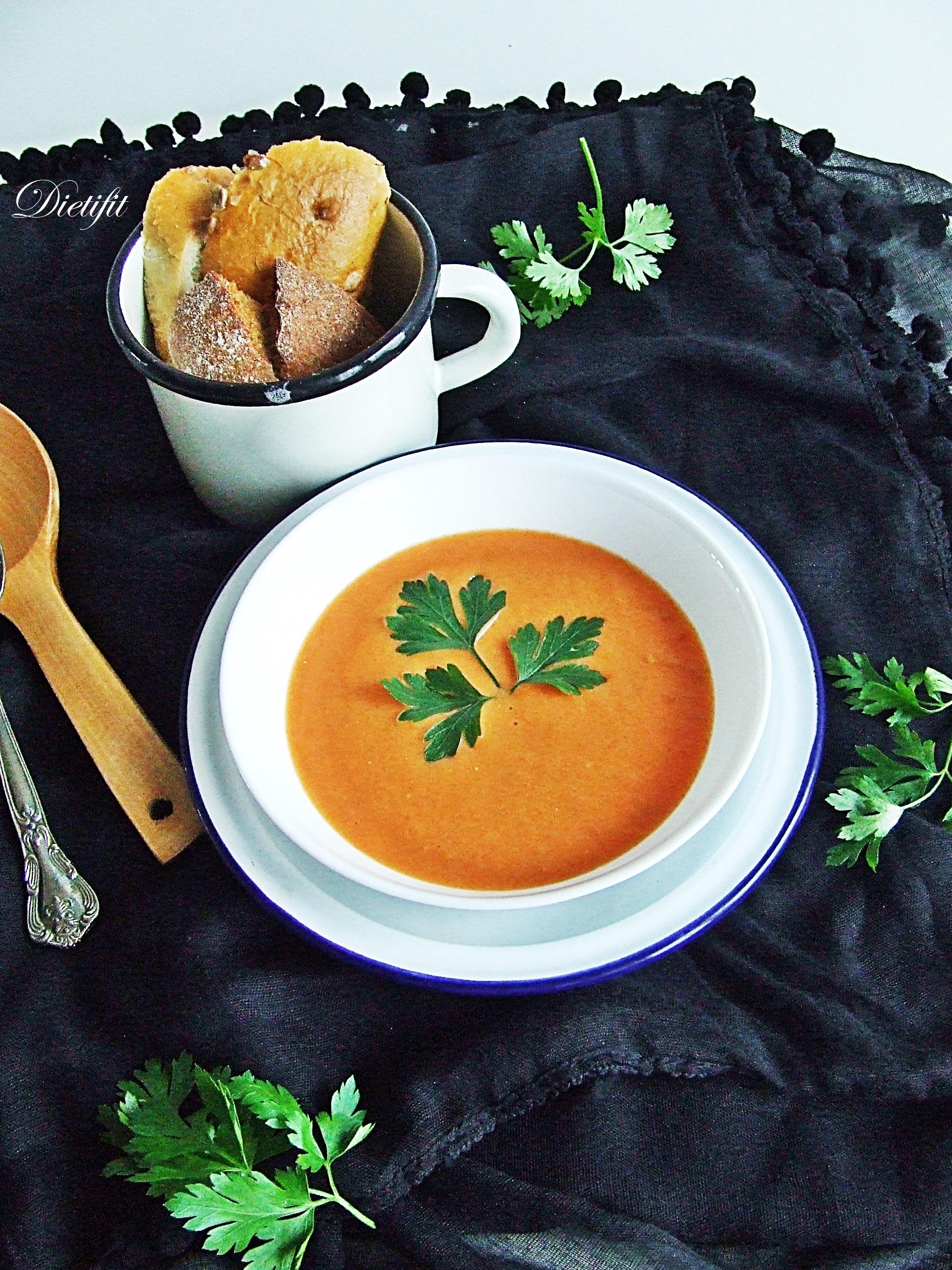 krem-z-pomidorow-z-jogurtem-greckim-2